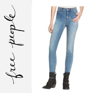 NWT FREE PEOPLE High Rise Skinny Ankle Jeans
